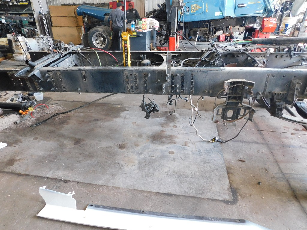 Axles & Suspensions for 2015 VOLVO VN for sale-59217316