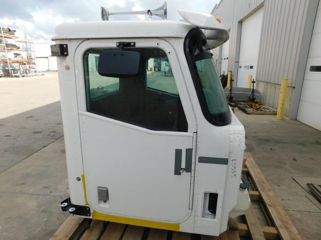 Cab for  INTERNATIONAL 5900i for sale-59056118