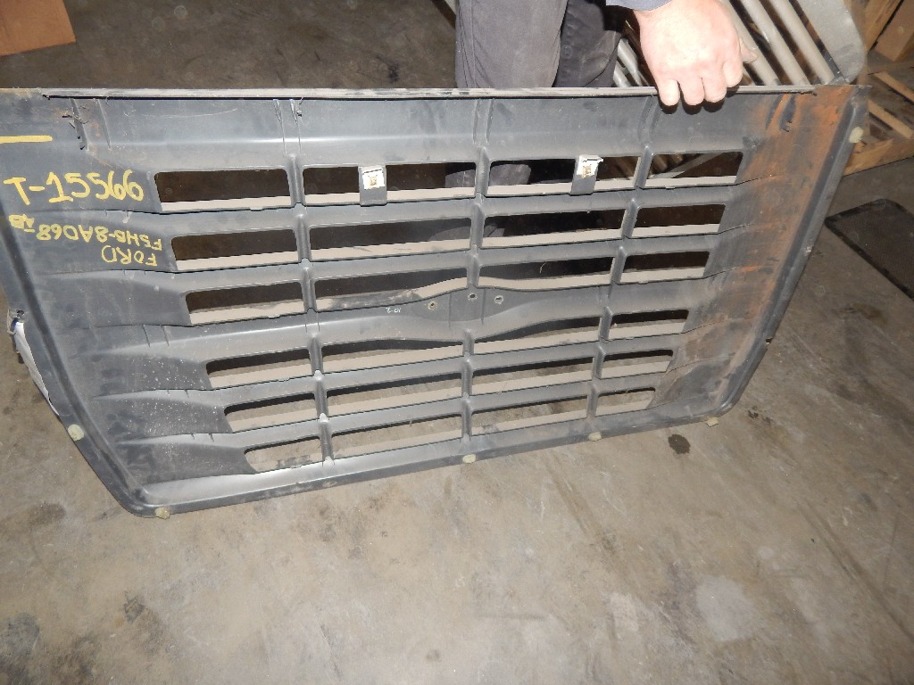 Grille for  Ford for sale-59079703