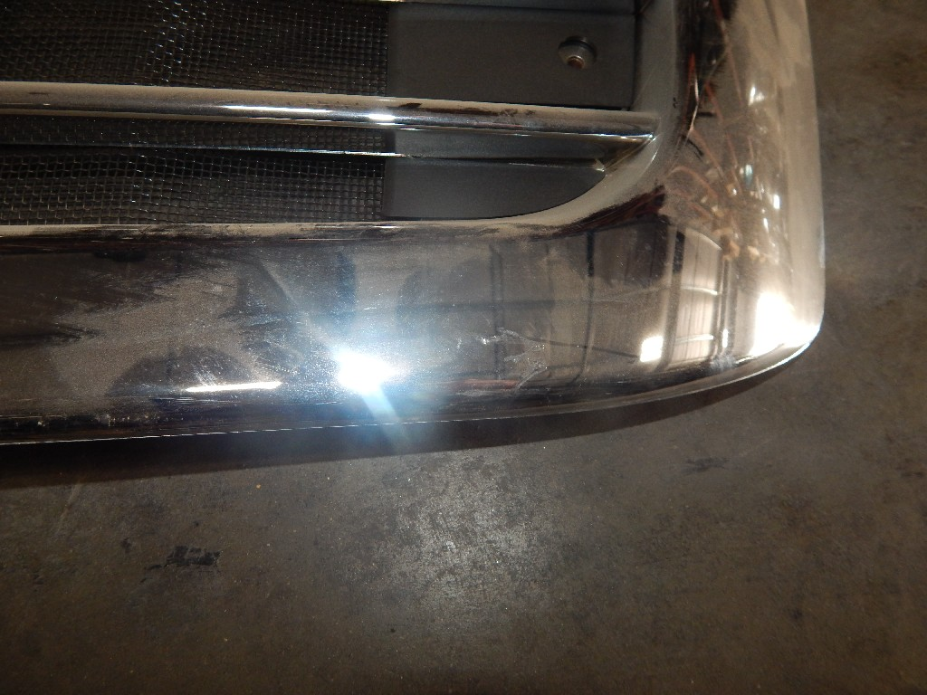 Grille for  FREIGHTLINER for sale-59216835