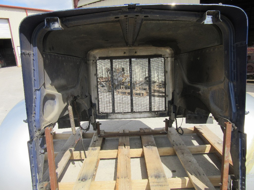 Used Hood for 1998 Peterbilt for sale-59094098