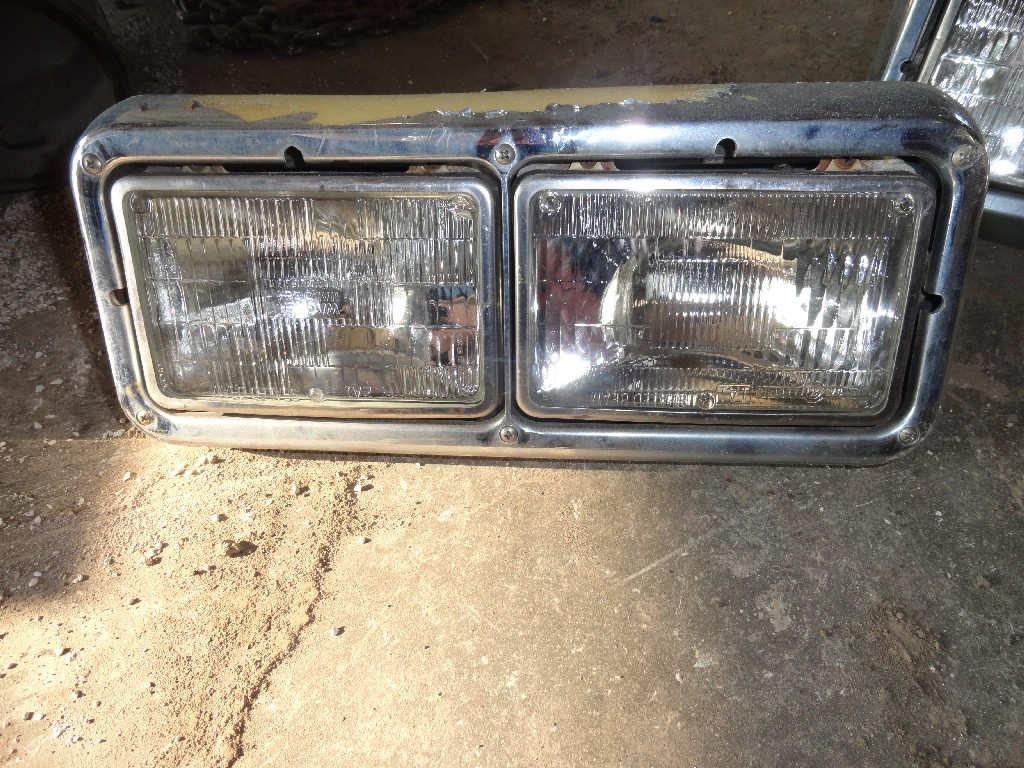 Headlamp Assembly PETERBILT for sale-983611