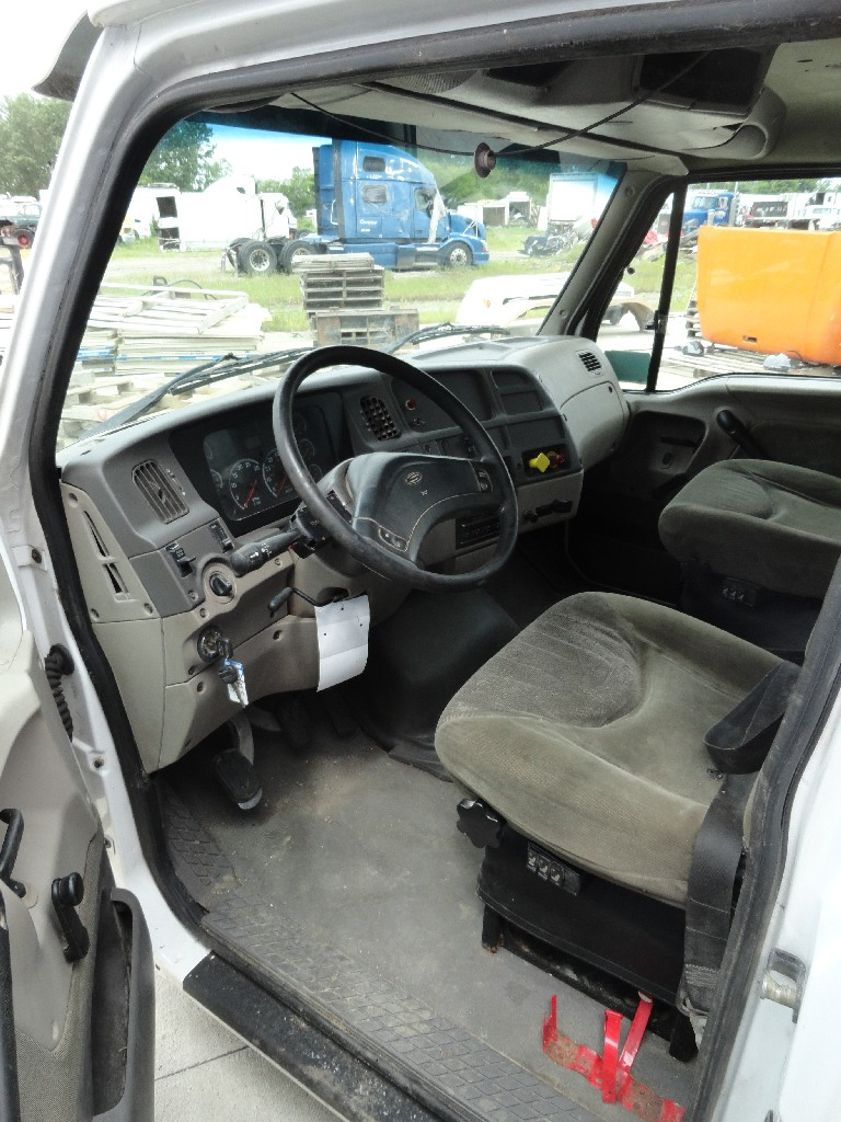 Cab STERLING for sale-983971
