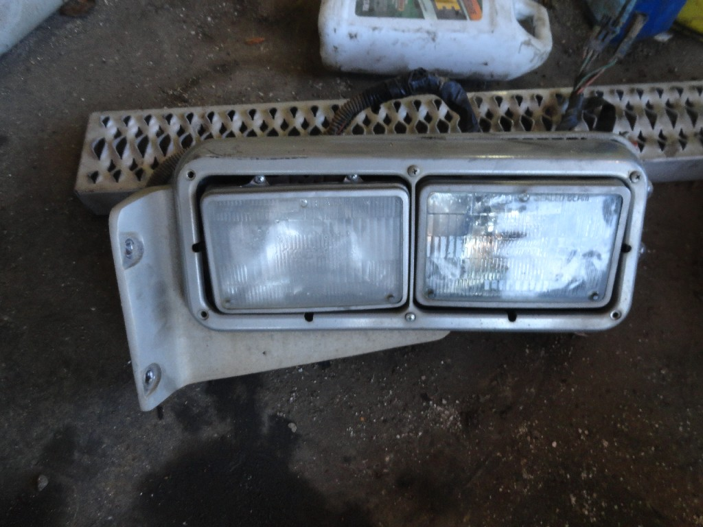 Headlamp Assembly PETERBILT for sale-984621