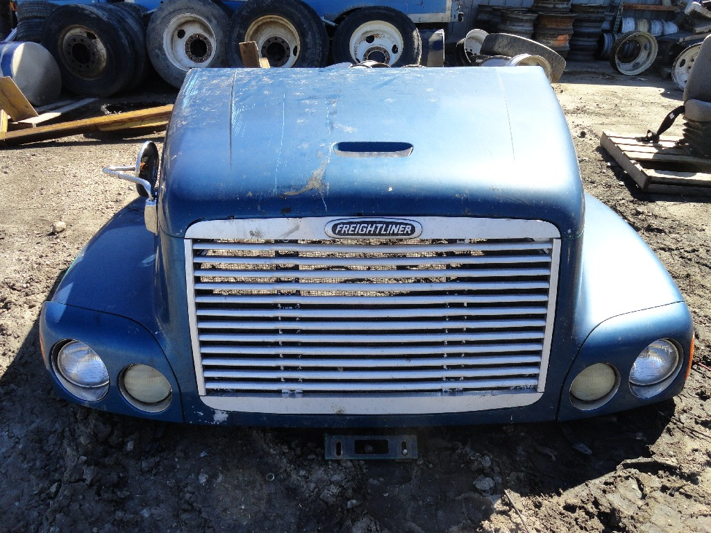 Hood FREIGHTLINER for sale-984901
