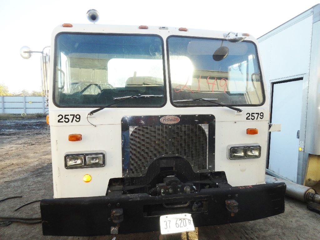 Grille PETERBILT for sale-985201