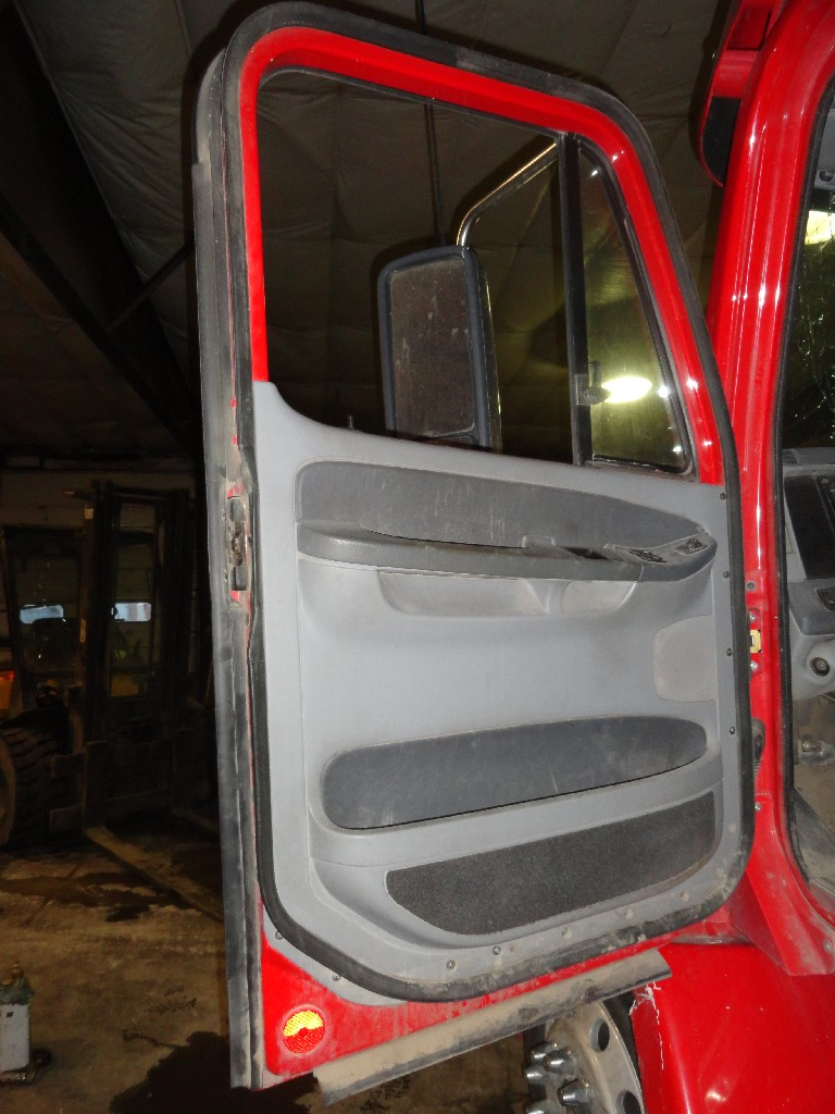 Door Assembly FREIGHTLINER for sale-986401