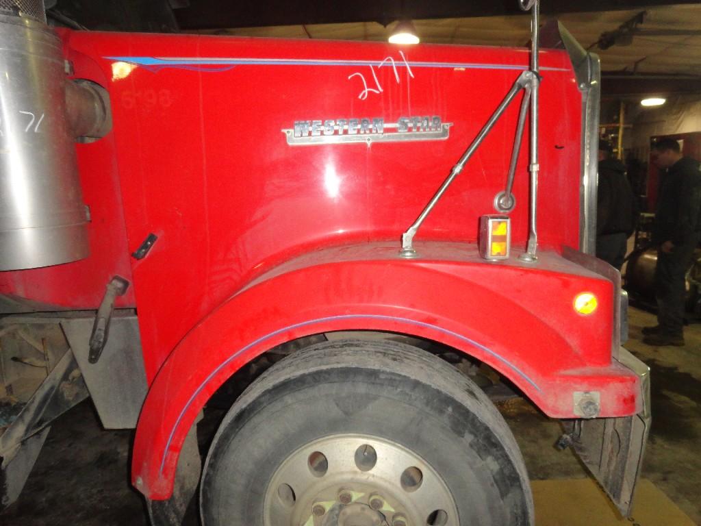 Hood WESTERN STAR TRUCKS for sale-986511