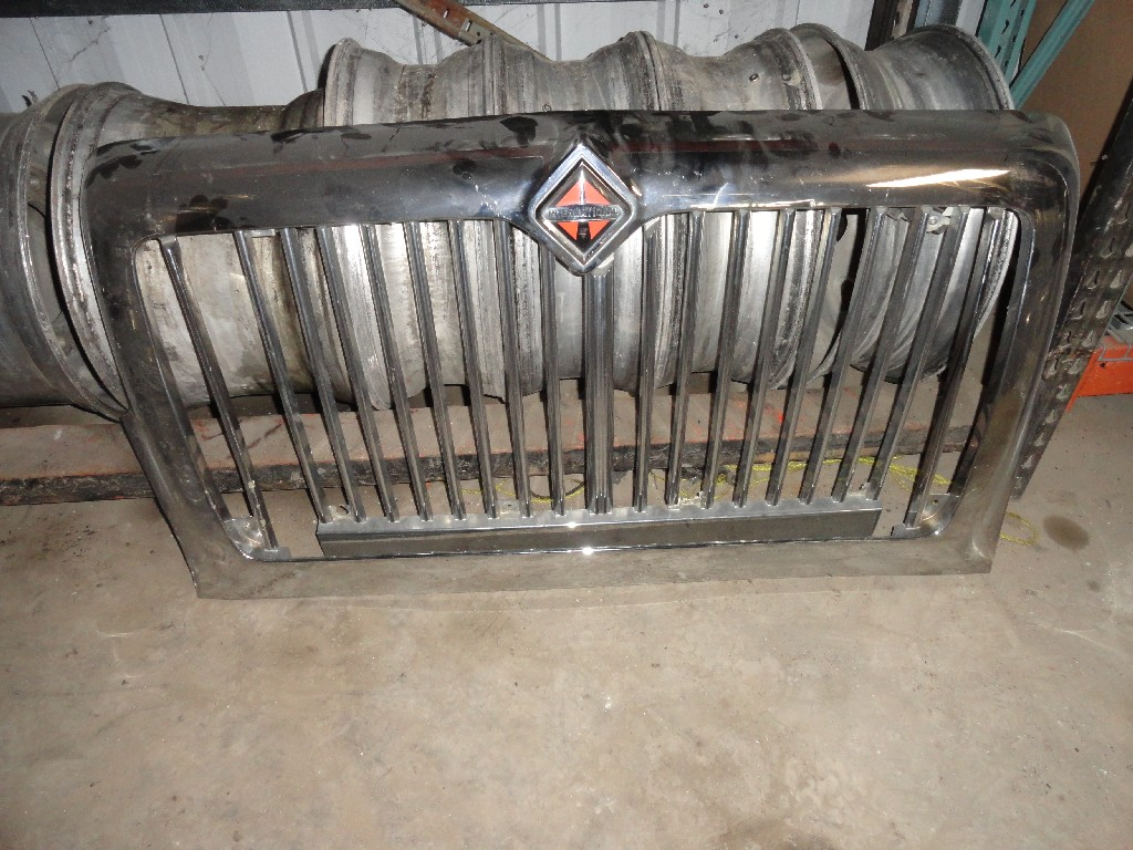 Grille INTERNATIONAL for sale-986841