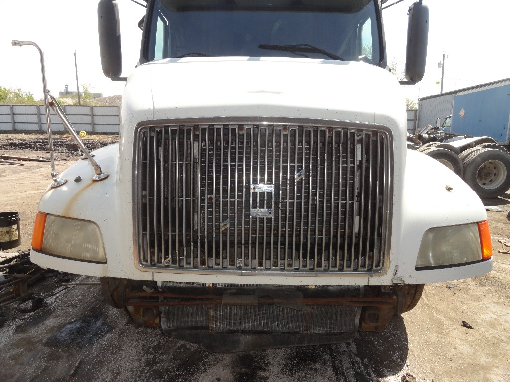 Hood VOLVO for sale-988051
