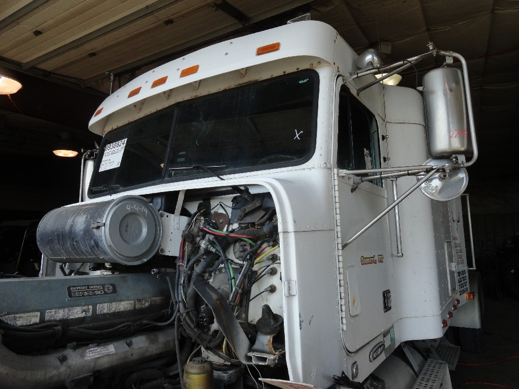 Cab FREIGHTLINER for sale-988431
