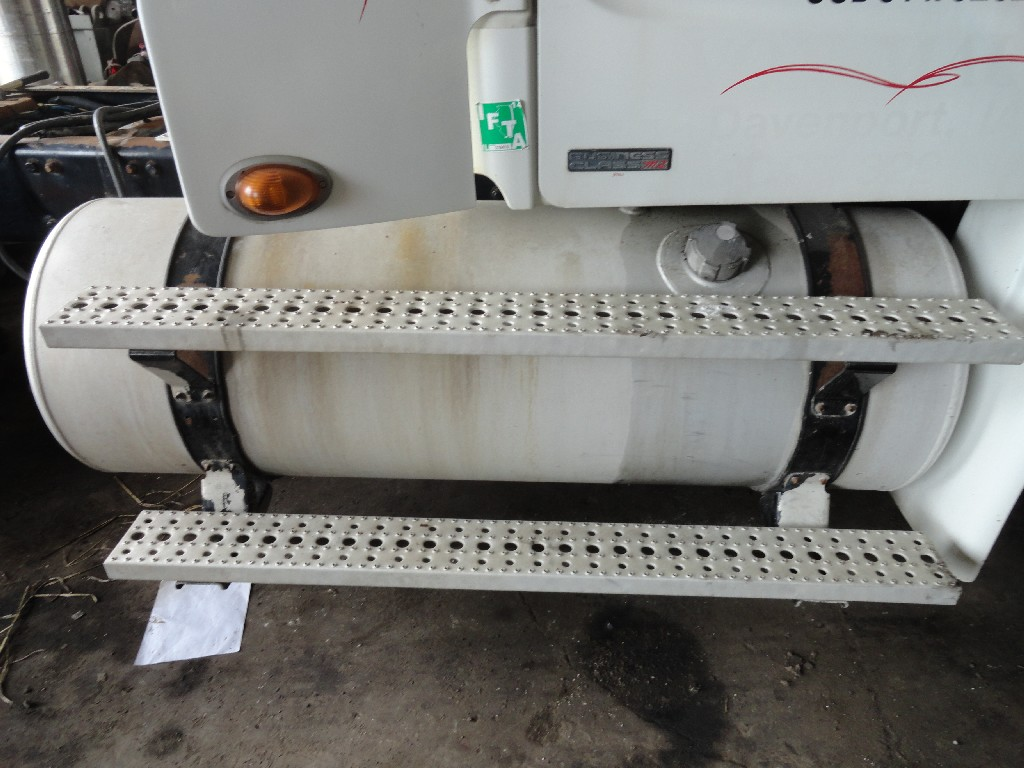 Fuel Tank FREIGHTLINER for sale-988671