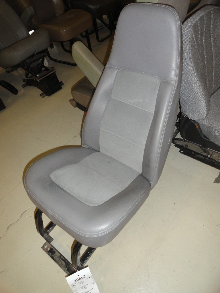 Seat FREIGHTLINER for sale-988681