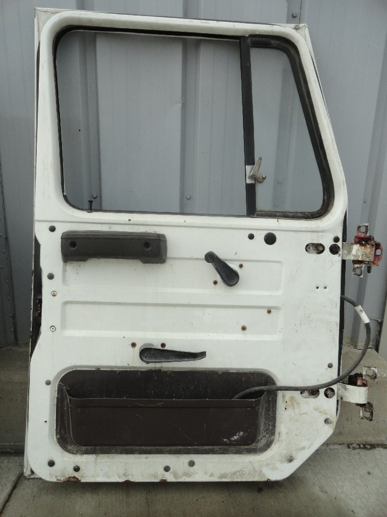 Door Assembly INTERNATIONAL for sale-989651