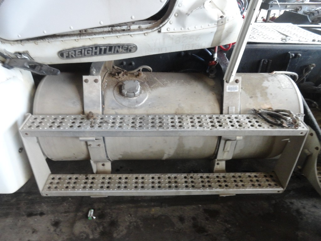 Fuel Tank FREIGHTLINER for sale-989711