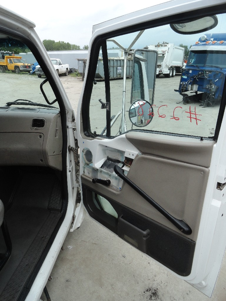 Cab STERLING for sale-990271