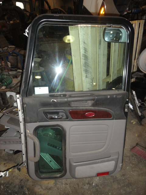 Door Assembly PETERBILT for sale-992871