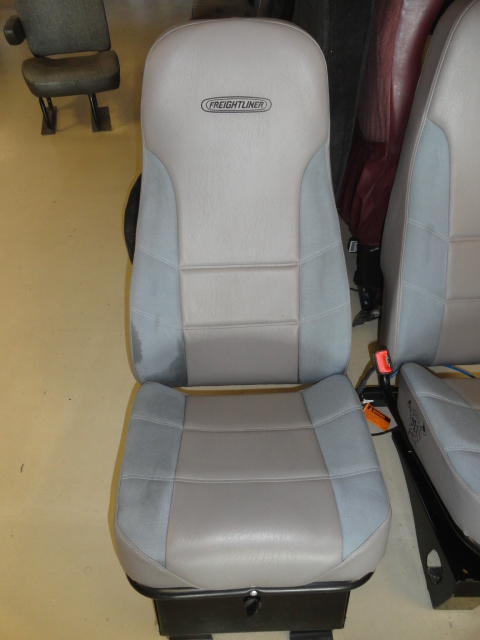 Seat FREIGHTLINER for sale-993071