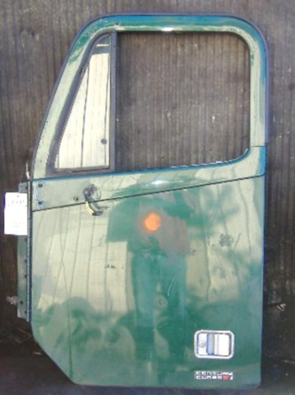 Door Assembly FREIGHTLINER for sale-973581