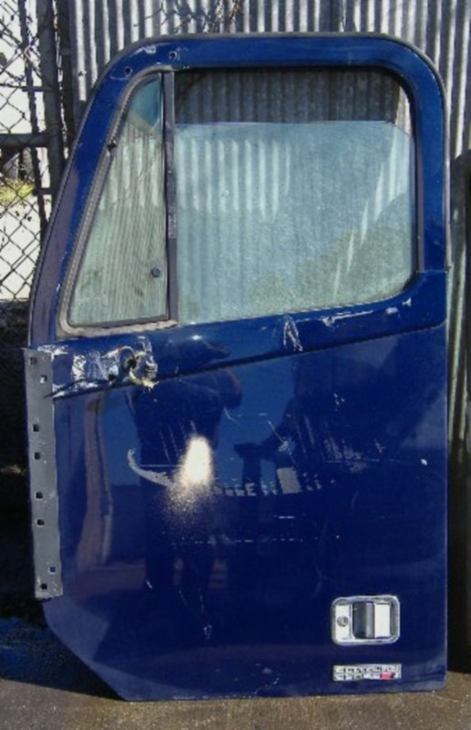 Door Assembly FREIGHTLINER for sale-973621