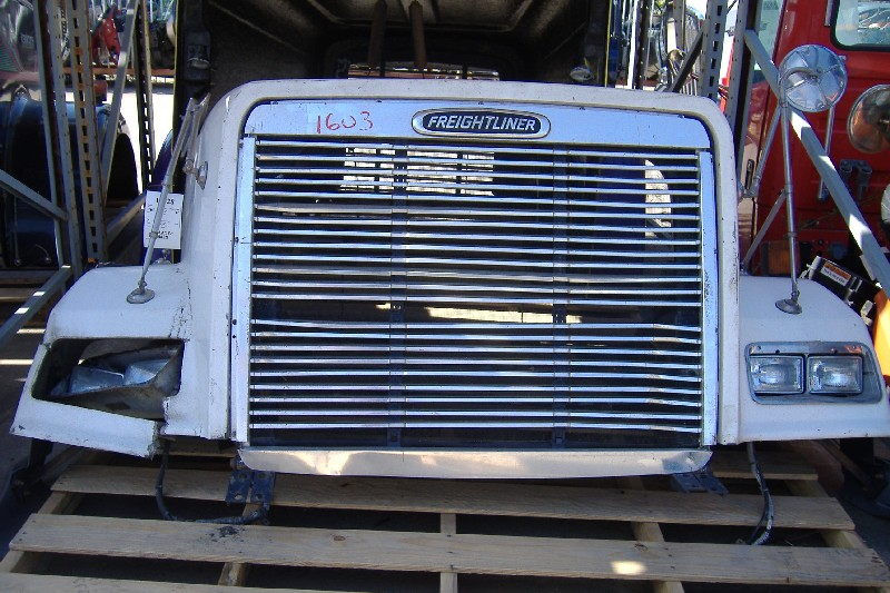 Hood FREIGHTLINER for sale-975321