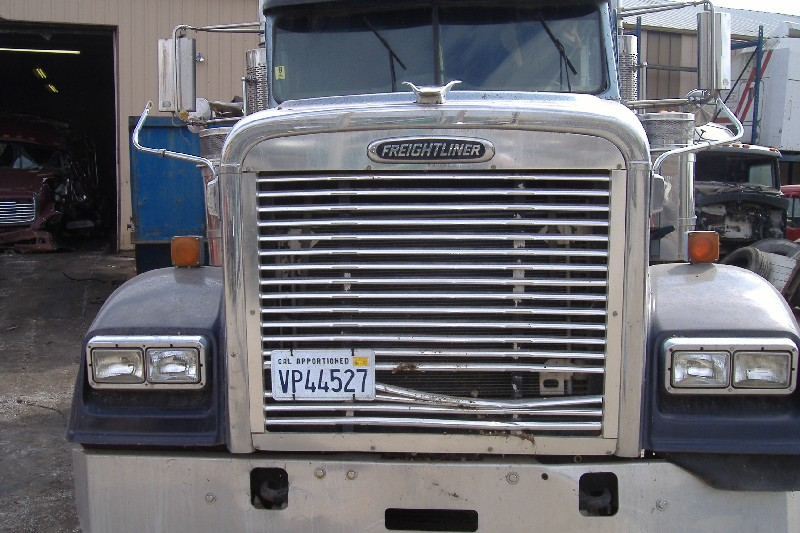 Hood FREIGHTLINER for sale-975631