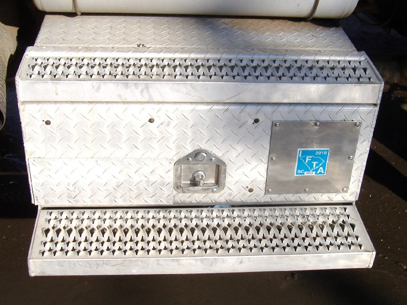 Tool Box PETERBILT for sale-975801