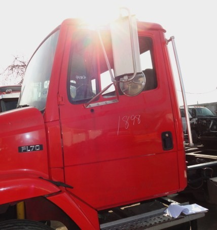 Cab FREIGHTLINER for sale-976641