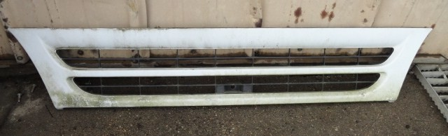 Grille GMC for sale-976871