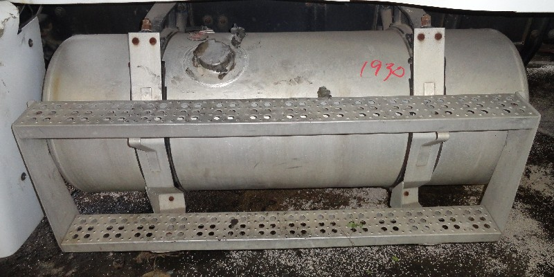 Fuel Tank FREIGHTLINER for sale-977501