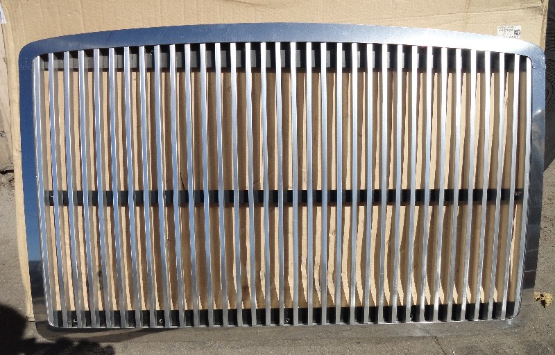 Grille VOLVO for sale-972421