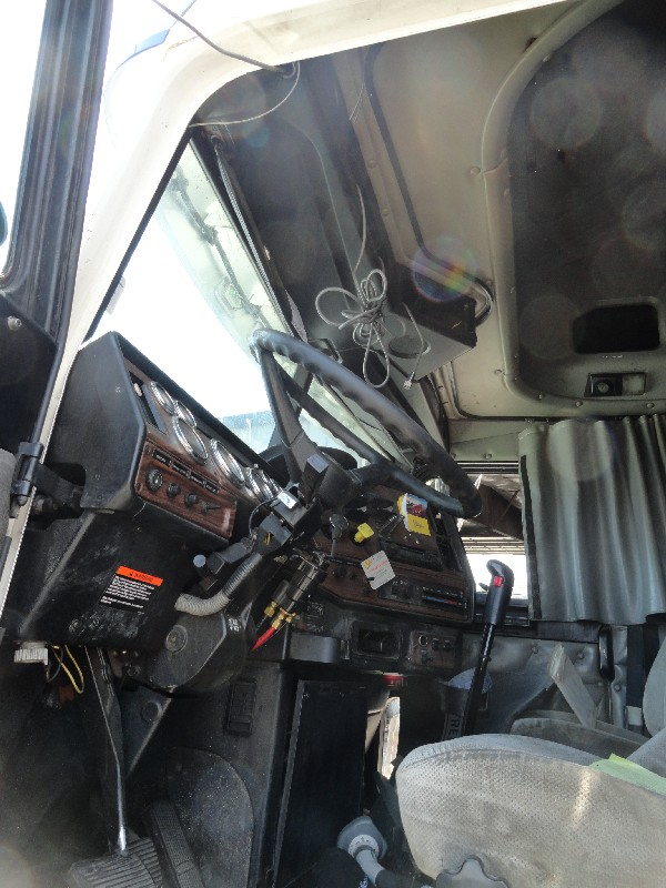 Cab FREIGHTLINER for sale-980501