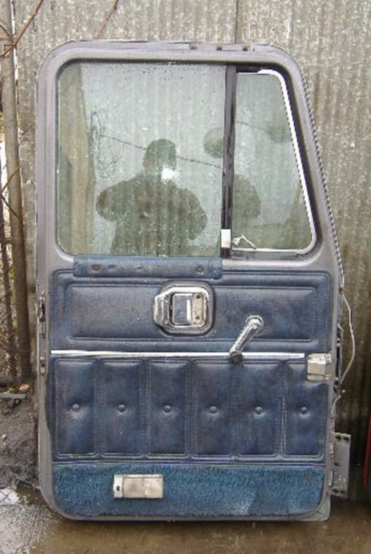 Door Assembly MACK for sale-970711