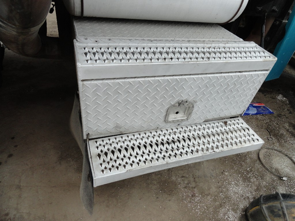 Tool Box PETERBILT for sale-981361
