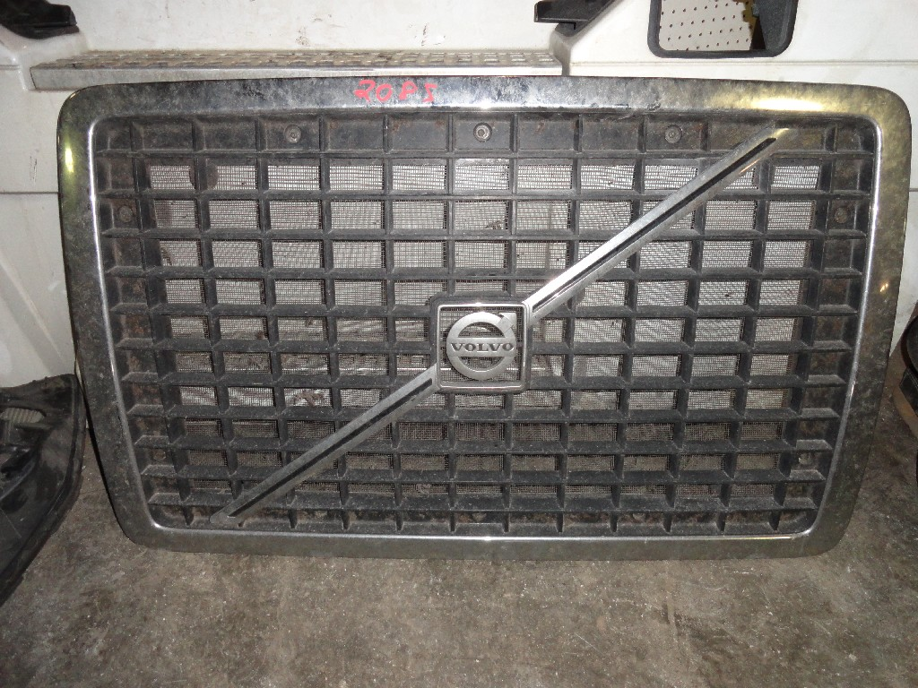 Grille VOLVO for sale-982291