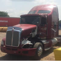 side hit Kenworth T660